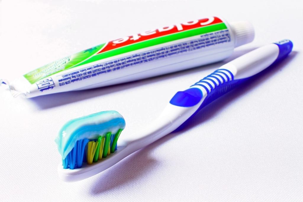 Pasta i četkica za zube