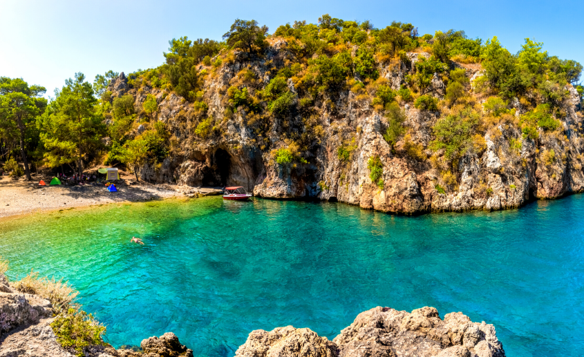 Korsan Bay